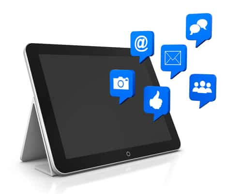 Use Facebook to Attract People to Your Blog Today